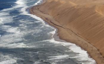 Mur de sable (Namibie)